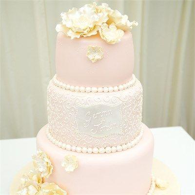 Gemma & Jordan's Wedding - Beautiful Wedding Cake