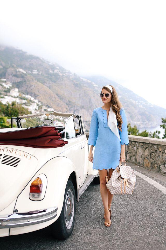 Retro outfit in Positano, Italy