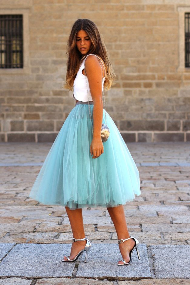 25  best ideas about Blue skirt outfits on Pinterest | Print and ...
