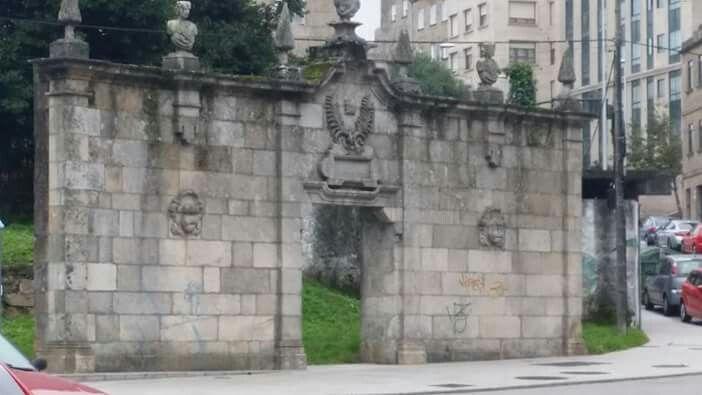Puerta Pazo San Honorato
