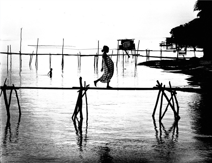 New Guinea, 1962...Romano Cagnoni