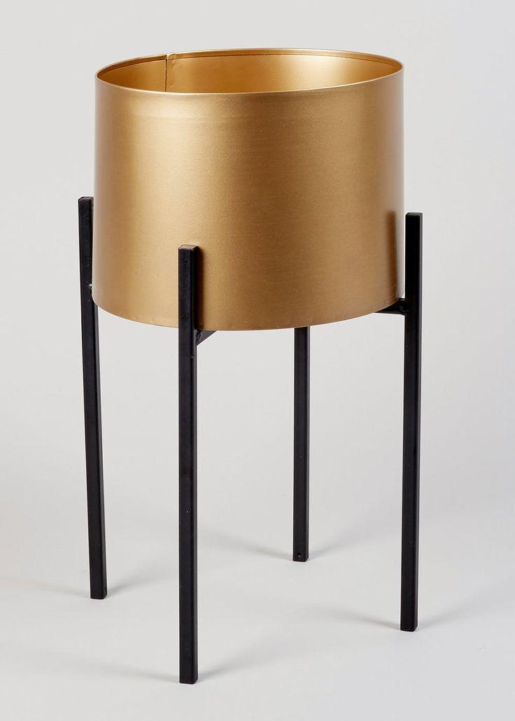 Metal planter 38cm x 26cm x 26cm