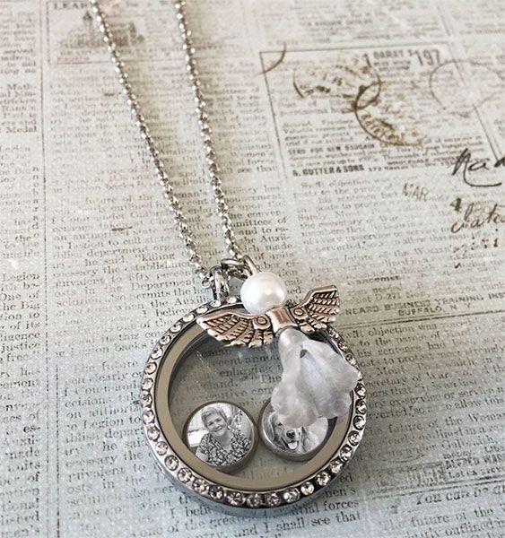 """This kit makes a complete photo locket with 6 floating photo charms. Includes standard size floating photo locket pendant with dangling angel charm. Includes matching 20"""" necklace chain with extender"""