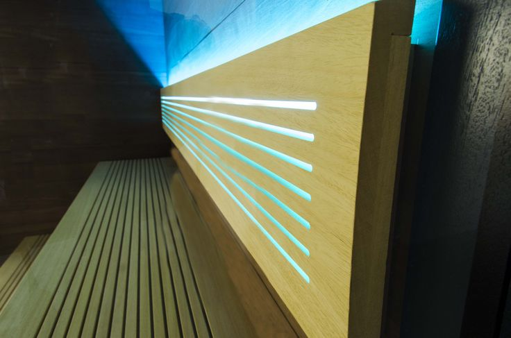 Sauna Perfect Line - wnętrze w kontrastowej kolorystyce. #sauna #sauny #relaks #wellness