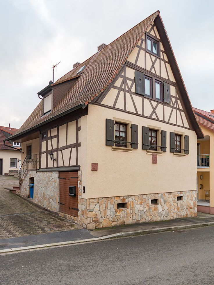 das fachwerkhaus lu hardtstra e 27 in stettfeld ubstadt weiher medieval timber houses. Black Bedroom Furniture Sets. Home Design Ideas
