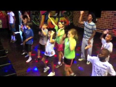 CHARLOTTE'S KIDS HIP HOP DANCE CLASSES - FunkyTown Parties