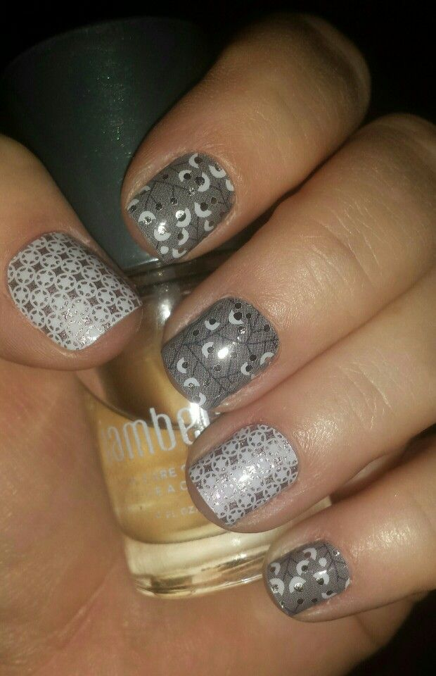 Jamberry Nail Wraps available at www.jackiedanner.jamberrynails.net #metallicberryjn #frostedjn