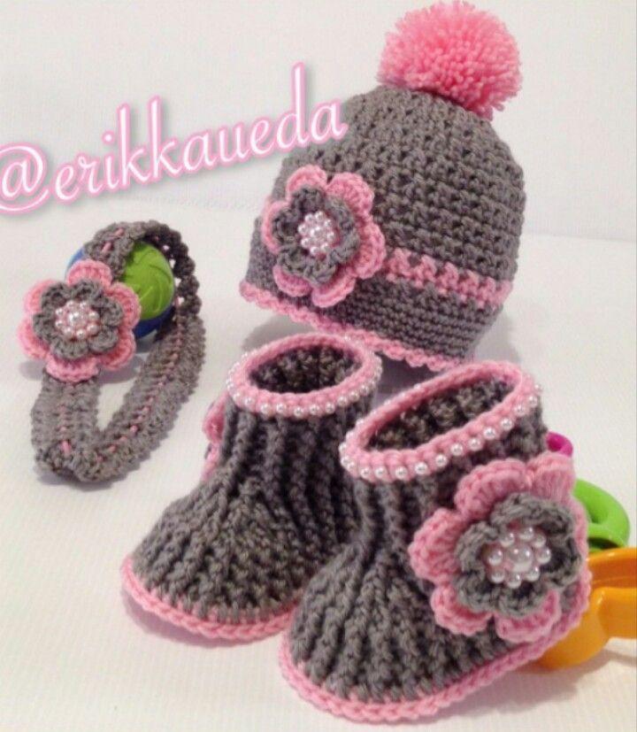 Instagram @erikkaueda - PICTURE ONLY for inspiration. Crochet baby booties, beanie & headband