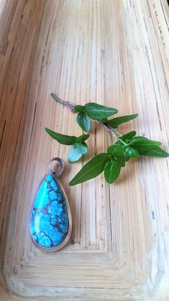 Vintage green/blue genuine teardrop Turquoise in 925 silver