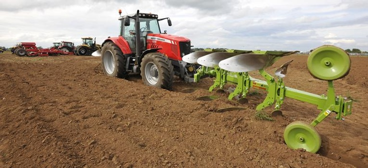Cereals Event - Boothby Graffoe, Lincolnshire on 13th & 14th June 2012. Show Offers Live demonstrations and a variety of farming machinery, a pleasure to be a part of.