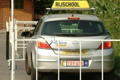 """GOCA, de koepel van erkende examencentra, heeft een samenvatting verspreid van het nieuwe rijexamen in Vlaanderen. Onder voorbehoud, weliswaar. """"Want het i..."""