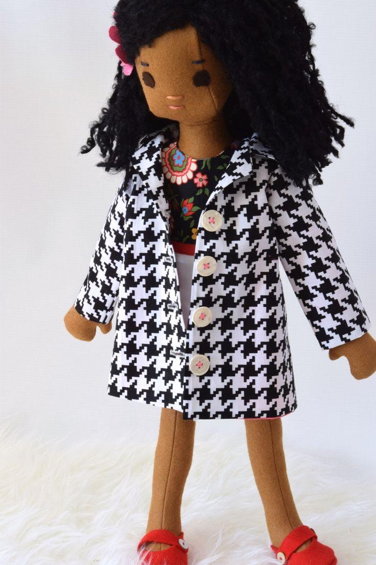 Bambola di pezza fatta a mano con Abito Trench Coat insieme