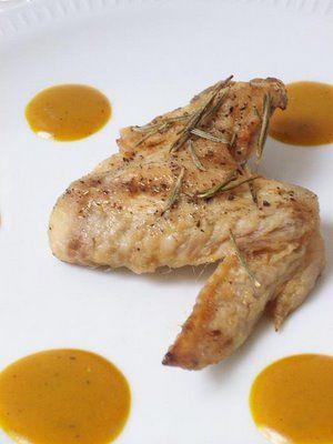Ailes de poulet rôties, sauce à la moutarde, miel et curcuma (pour deux personnes) (paleo/primal)