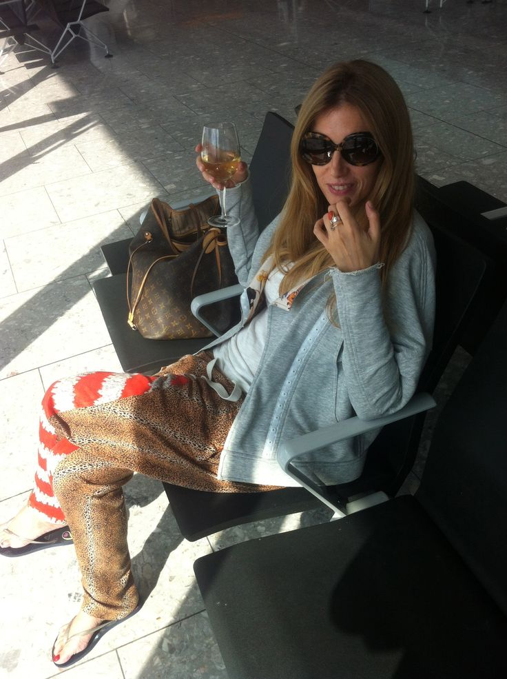 Heathrow, waiting for the boarding time to Las Vegas. September 2012.  One of my favorite moments in 2012.