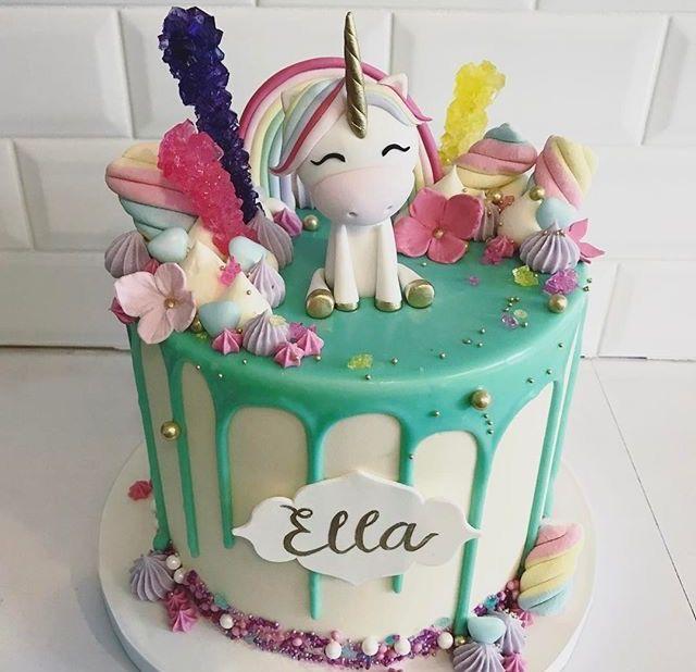 I NEED this cake!