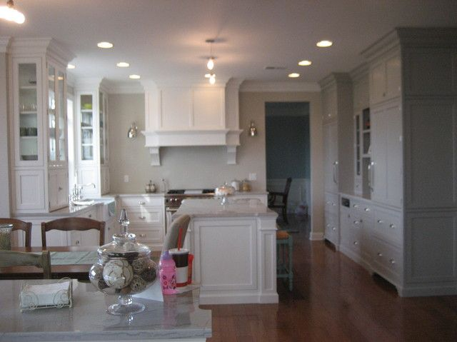 , Edgecomb Gray, Gray Cabinets, Gray Kitchens Cabinets, Gray Wall