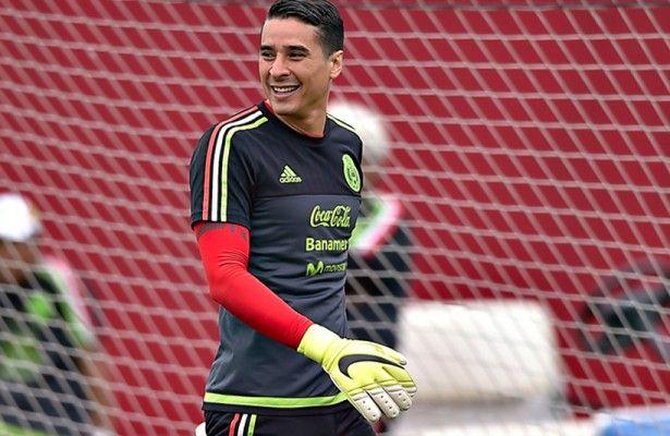 Guillermo Ochoa podría jugar ante  Estados Unidos - La lista de convocados de la Selección Mexicana para el partido ante Estados Unidos del próximo 10 de octubre no solo podría incluir los regresos d...
