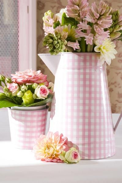 Pink Gingham Containers! CUTE!!! Might have to make one (or more) to add to the garden for a little extra pop of color and texture/shape!