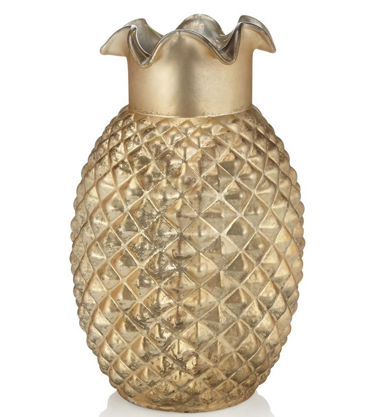 Use this elegant gold pineapple vase from Marks and Spencer to display a beautiful floral arrangement or to hold your bouquet whilst you enjoy your wedding breakfast.