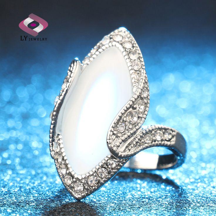 Venda quente 2015 moda de luxo grande anel de opala Oval do olhar do Vintage prateado branco cristal anéis para mulheres presente em Anéis de Jóias no AliExpress.com   Alibaba Group