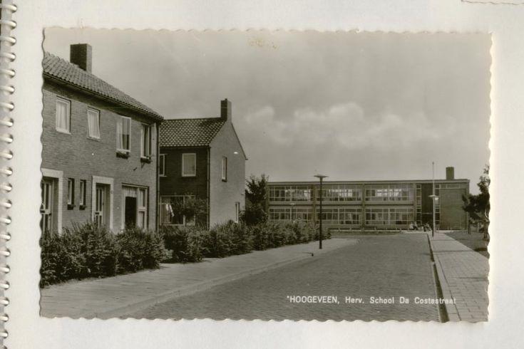 Hervormde Lagere School in de Da Costastraat in Hoogeveen.