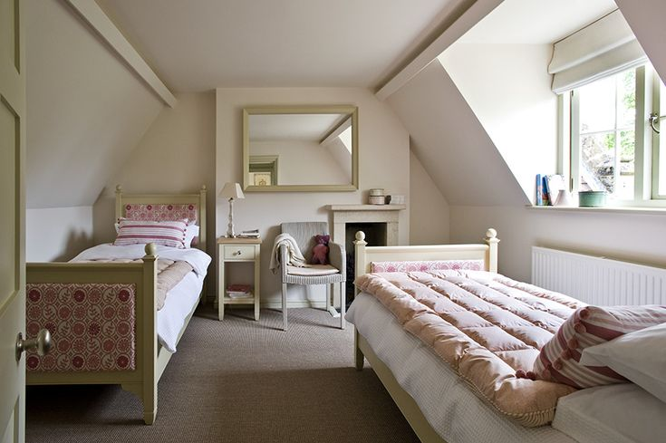 13 best images about manor cottages on pinterest english for Sim interior designs
