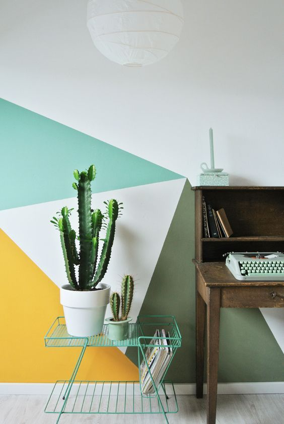 From runway fashion to company branding, kaleidoscopic designs are popping up everywhere. Here are some ideas for creating your very own geometric walls.
