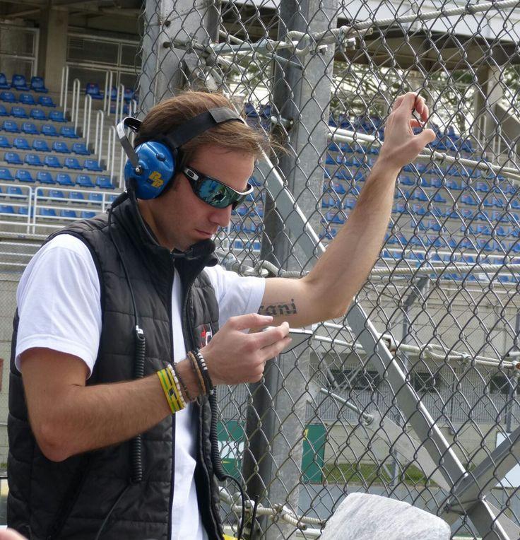 Com 36 títulos de campeão, um título de Fórmula 3 Sul-americana e passagens pelas Fórmulas Ford, 3 Inglesa, Atlantic e Fórmula Truck, Dirani estreou, em 2016, na Stock Car e segue firme e forte com um trabalho paralelo de driver coach, orientando pilotos iniciantes.