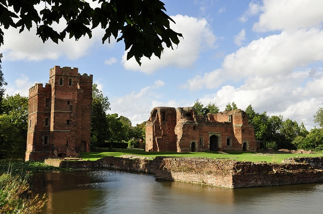 Not many people know that Kirby Muxloe has a castle!