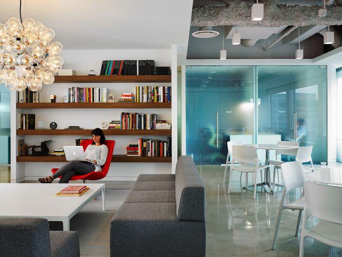 Pivot Design Chicago Offices