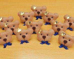 Lembrancinha Urso Príncipe em Feltro