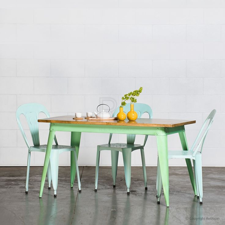 Small Retro Nash Table - Mint Green