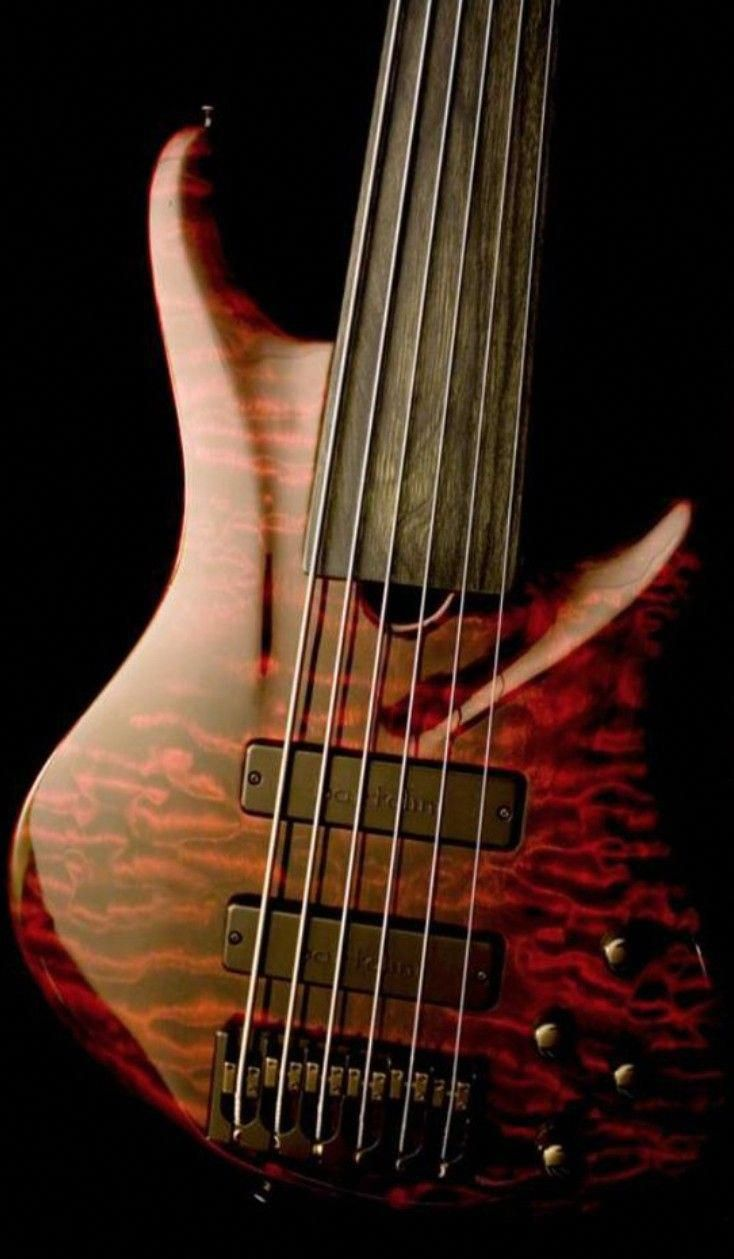 I Really Like These Custom Bass Guitar 9726 Bassguitarist