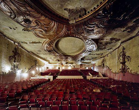Seite 9 - Verlassene Filmtheater - Frankfurt - Fotografie - art-magazin.de