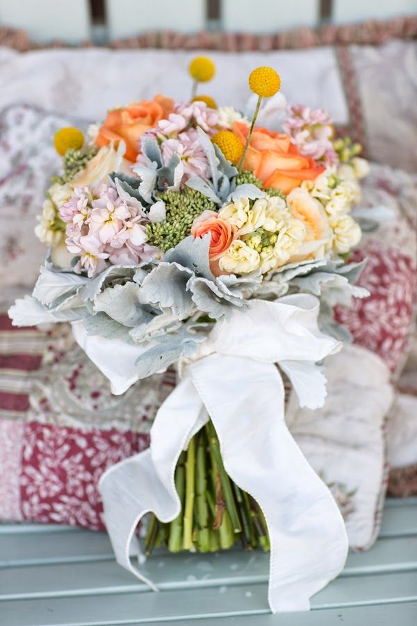 The Frosted Petticoat: Smell the Roses