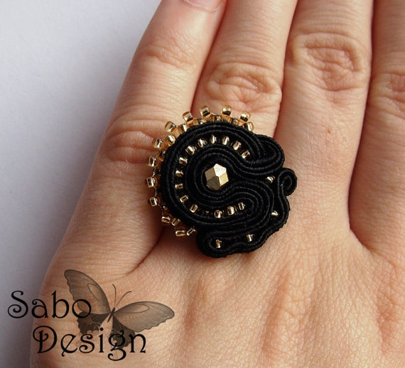 ELEGANT soutache ring embroidered handmade black and by SaboDesign.