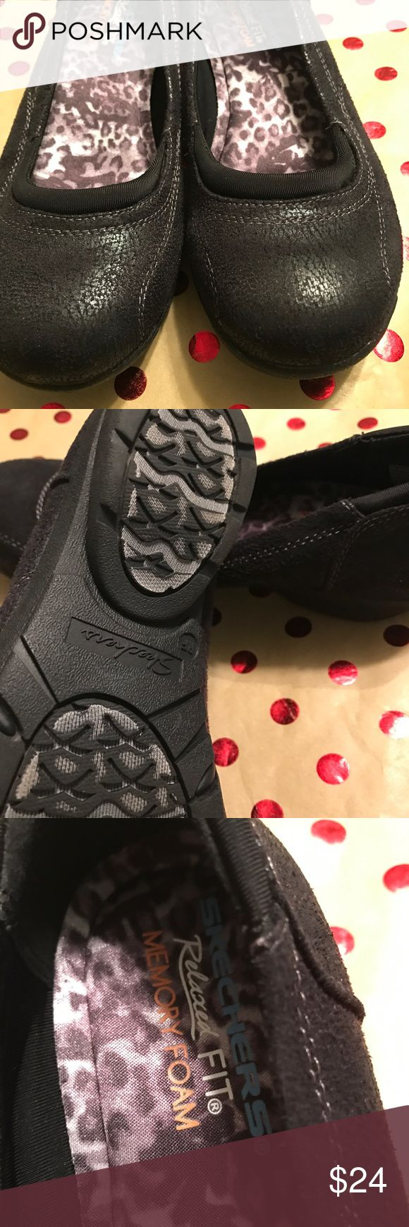 Nice pair Black Skechers Memory Foam Shoes These are in like new Condition, smoke free Skechers Shoes Flats & Loafers