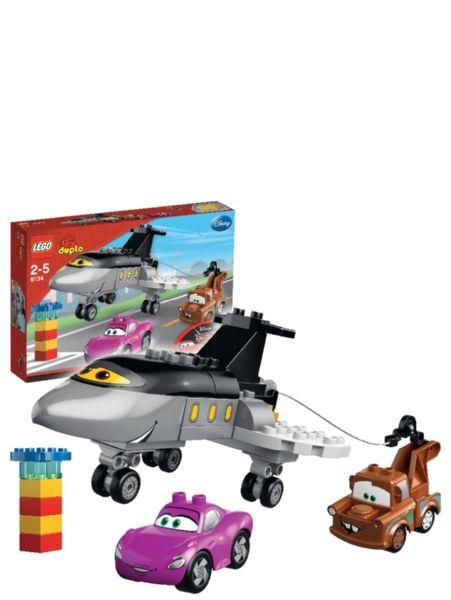 Lego Duplo Siddeley pelastaa päivän. Hauskat menopelit pienille kilpa-ajajille! Autot-hahmojen avulla voi tutustua Duplojen luovaan maailmaan!  2–5-vuotiaille.