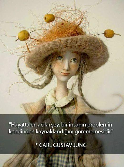 Hayatta en acıklı şey, bir insanın problemin kendinden kaynaklandığını görememesidir. - Carl Gustav Jung #sözler #anlamlısözler #güzelsözler #manalısözler #özlüsözler #alıntı #alıntılar #alıntıdır #alıntısözler
