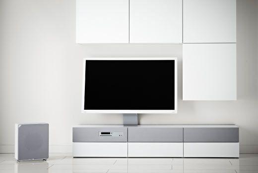 """IKEA TV-Möbel und TV-Racks wie z. B. BESTÅ  Kombination mit 40""""-Fernsehgerät in Weiß"""