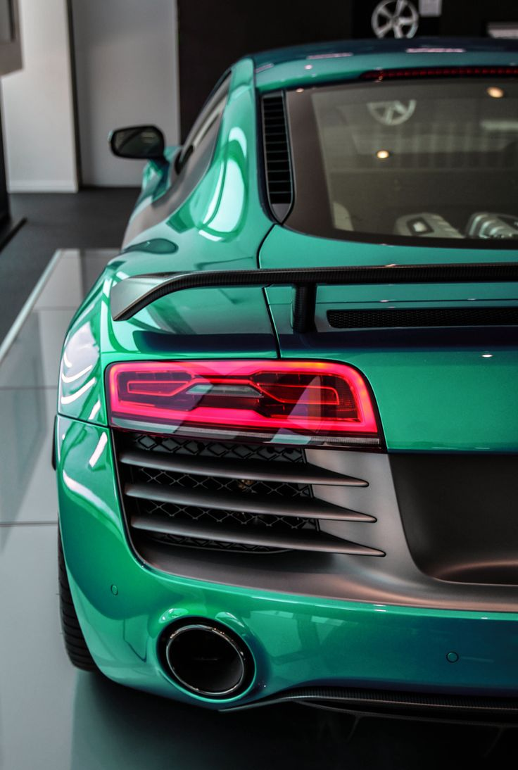 "avenuesofinspiration: """"Audi R8 LMX | Photographer © | AOI"" """
