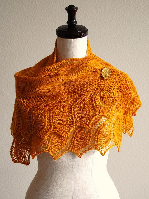 Semele Shawl by Åsa Tricosa [pattern] #knitting #handmade #diy