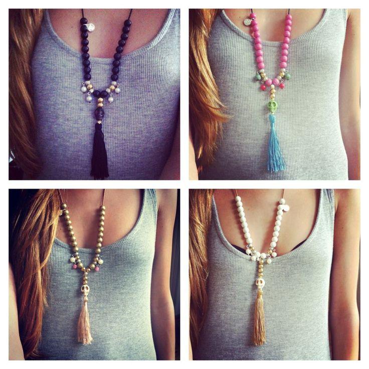 Ярко-розовые бусы-ожерелье с бирюзовым черепом, коралловыми бусинами, жемчугом и шелковой кисточкой\\Немецкий дизайнерский бренд: Vyvyn Hill\\Ручная работа