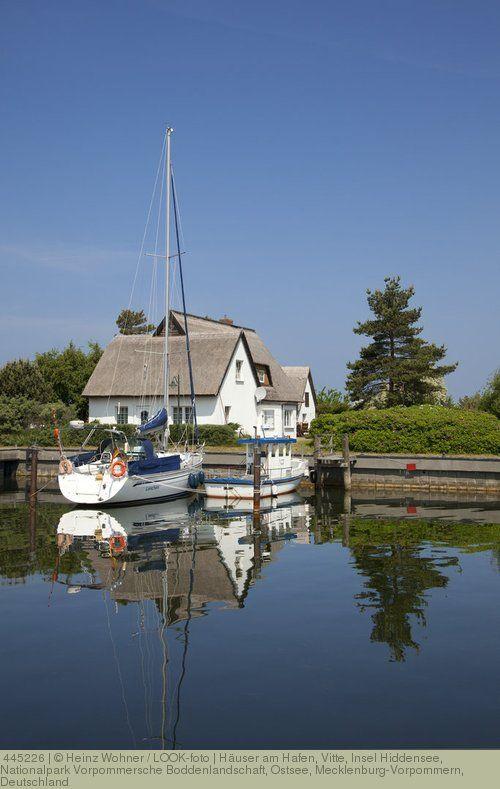 Häuser am Hafen, Vitte, Insel Hiddensee, Nationalpark Vorpommersche Boddenlandschaft, Ostsee, Mecklenburg-Vorpommern, Deutschland