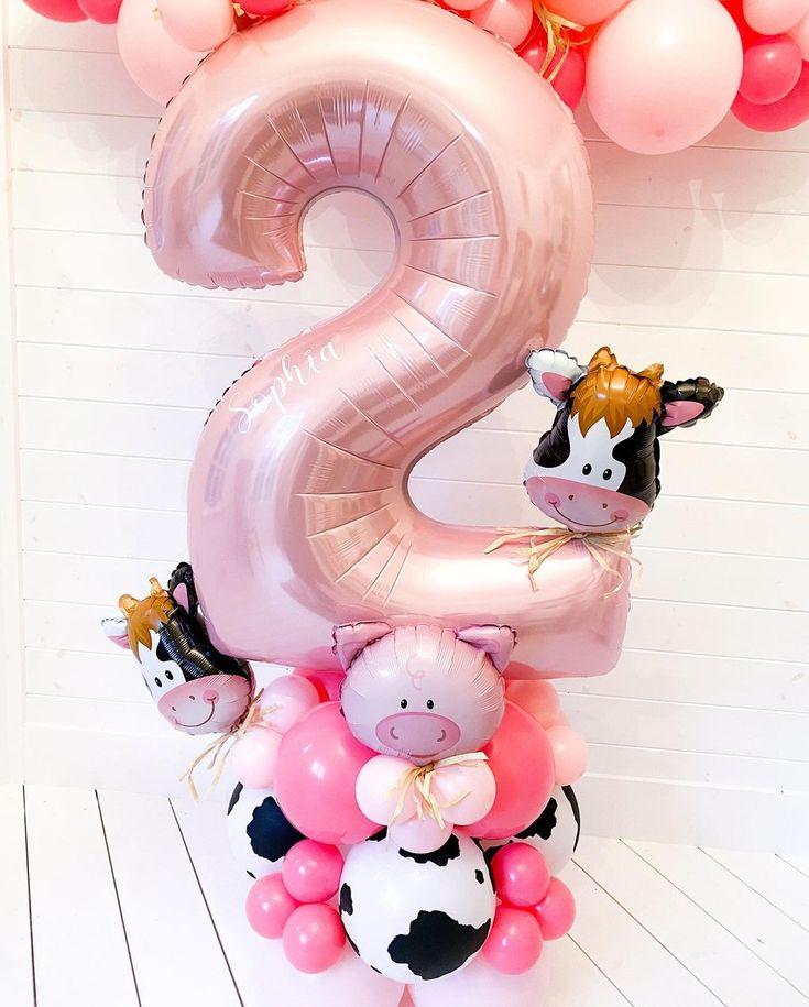 """B A L L O O N H I V E on Instagram: """"An oink, oink here.. . #bespokeballoons #balloongarland #luxuryballoons #customballoons #balloonideas #balloonartist #ballooncreations…"""""""