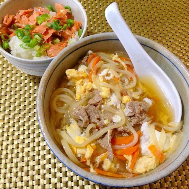 久々に家でまったりお昼☺️ - 60件のもぐもぐ - 肉うどん、鮭ごはん by tabajun