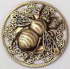 Large Stamped Brass Vintage Style BUMBLE BEE Picture Button