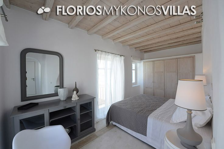 Up to 6 guests, 3 bedrooms, 3 bathrooms. The villa features full air conditioning (Clima), Wi-Fi, TV, DVD, CD and alarm system. FMV1327 Villa for Rent on Mykonos island, Greece. http://florios-mykonos-villas.com/property/fmv1327/