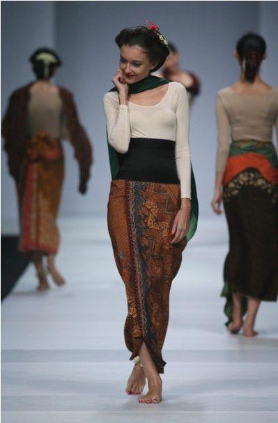 Jakarta Fashion Week 2015: BIN House