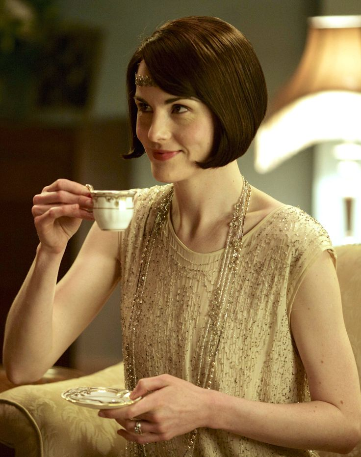 Michelle Dockery as Lady Mary Crawley in Downton Abbey (TV Series, 2015).   ..rh